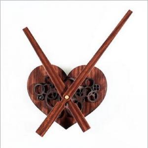 """Sieninio laikrodžio mechanizmas """"Medinė širdelė"""""""