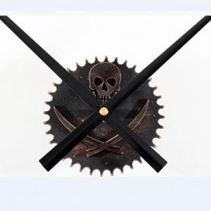 """Sieninio laikrodžio mechanizmas """"Karibų piratai"""""""