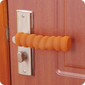 """Vaikiška durų rankenos apsauga """"Saugumo svarba"""""""