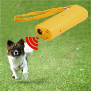 """Ultragarsinis prietaisas agresyviems šunims atbaidyti """"Aukščiausia klasė 3"""""""