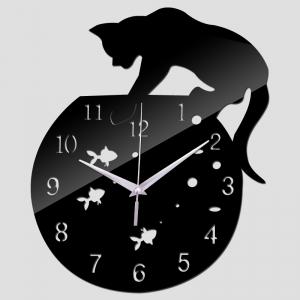 """Sieninis laikrodis """"Katinas ir žuvelės 5"""" (raudonos spalvos)"""