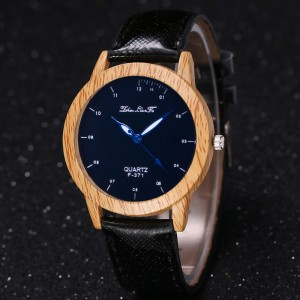 """Moteriškas rankinis laikrodis """"Medžio stilius"""""""