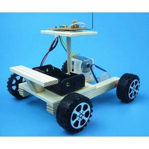 """Surenkamas vaikiškas konstruktorius """"Automobiliukas mylimukas"""" (vaiko lavinimas, aukštos kokybės)"""