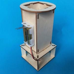 """Surenkamas vaikiškas konstruktorius """"Kamuoliukų skraidyklė"""" (vaiko lavinimas, aukštos kokybės)"""