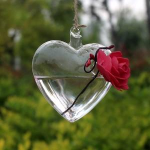 """Dekoratyvinis pakabinamas vazonas """"Meilės širdelė"""""""