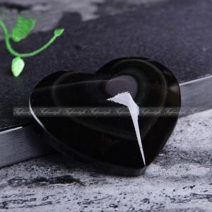 """Figūrėlė """"Juodoji širdelė 2"""" (5 cm, vaivorykštinis obsidianas)"""