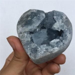 """Figūrėlė """"Originaliausioji širdelė 3"""" (žydrasis kristalas, 6 cm)"""