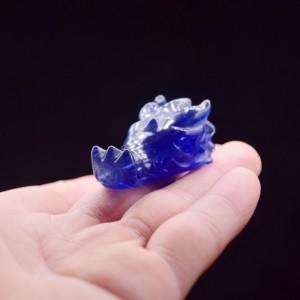 "Figūrėlė ""Mėlynoji drakono galva"" (kvarco kristalas, 4 cm, 20 g)"