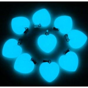 """Pakabukai """"Žydrosios šviečiančios širdelės"""" (24 vnt, 20 x 20 mm)"""