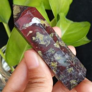 """Natūralus mineralas """"Modernus obeliskas 5"""" (drakono akmuo, 8 cm, 70 g)"""