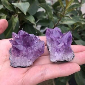 """Natūralus mineralas """"Violetinė reiki energija"""" (65 g, 2 vnt)"""