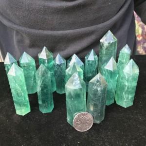 "Natūralus mineralas ""Puikusis žaliasis obeliskas"""