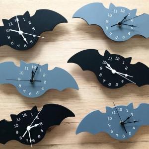 """Sieninis laikrodis """"Puikusis šikšnosparnis"""""""