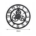 """Sieninis laikrodis """"Stiliaus progresas 3"""" (40 cm)"""