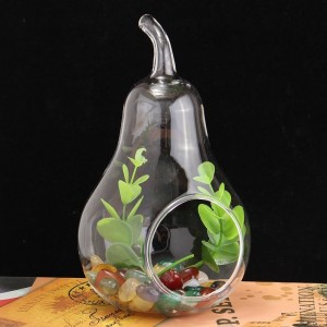 """Stiklinė vaza """"Puikioji kriaušė"""""""