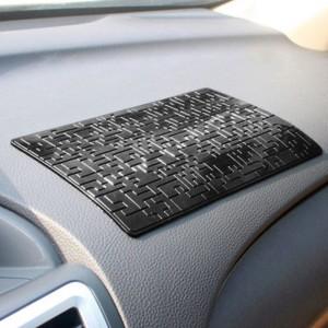 "Neslystantis kilimėlis automobiliui ""Progresas 9"" (19.5 x 12 cm)"