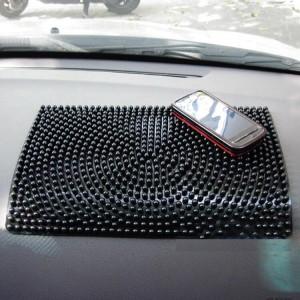 """Neslystantis kilimėlis automobiliui """"Aukščiausia klasė 2"""" (28 x 17 cm)"""