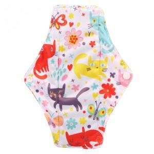 """Daugkartinio naudojimo higieniniai įklotai """"Mielieji katinukai"""" (5 vnt.)"""
