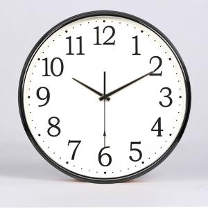 """Sieninis laikrodis """"Quartz"""" (juodas)"""