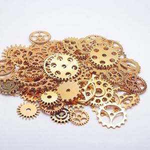 """Dekoratyviniai laikrodžių puošybos elementai """"Senovės elegancija"""" (aukso spalvos)"""