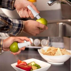 """Citrinų ir laimų spaustuvas """"Fresh Fruit Pro"""""""