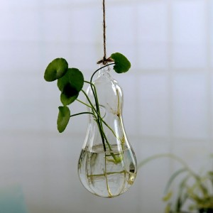 """Pakabinama stiklinė vaza """"Puikusis moliūgas"""" (8 x 14 cm)"""