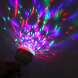 """Šviesų projektorius """"Nuostabi romantika 3"""""""