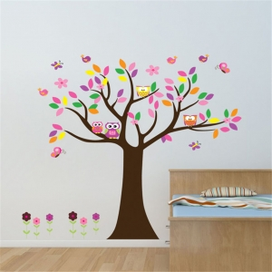 """Lipdukas """"Spalvotas medis, kuriame gyvena pelėdos"""" (60 x 90 cm)"""