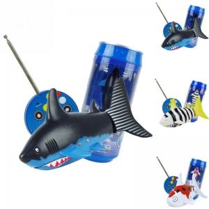 """Nuotolinio valdymo žaislas """"Juodasis ryklys"""""""