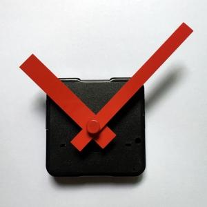 """Laikrodžio mechanizmas """"Išskirtinės raudonos rodyklės"""" (10 vnt.)"""